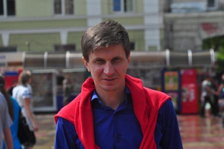 Володимир Кухар